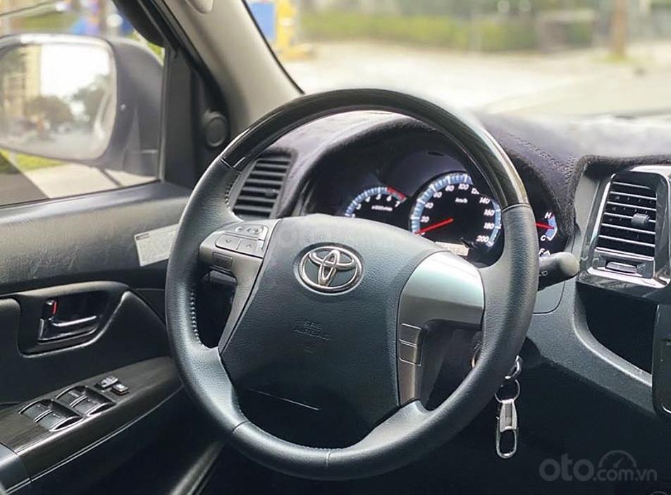 Bán Toyota Fortuner TRD Sportivo 4x4 AT sản xuất năm 2015, màu trắng, giá chỉ 689 triệu (3)
