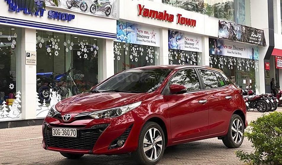 Bán Toyota Yaris sản xuất năm 2020, màu đỏ, nhập khẩu còn mới, 695tr (2)