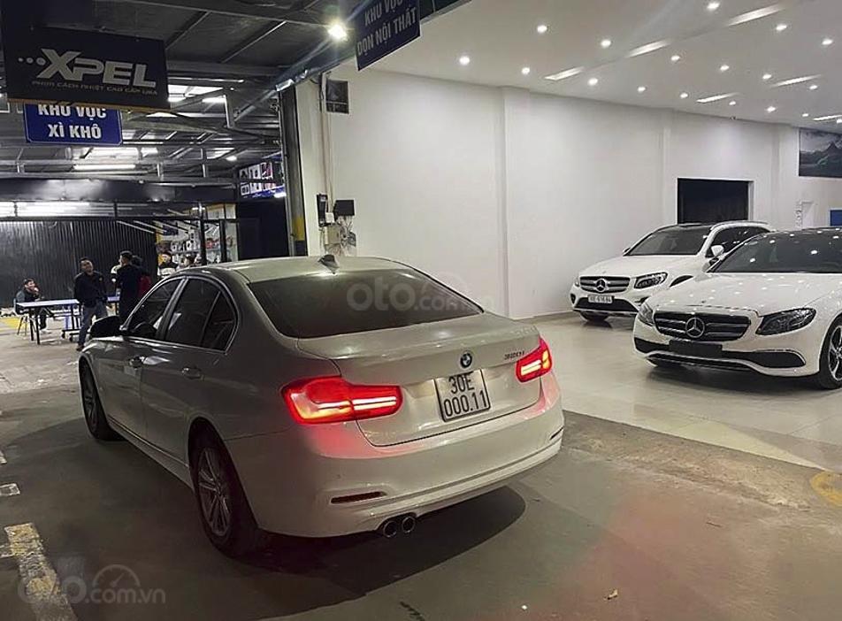 Cần bán gấp BMW 3 Series năm 2016, màu trắng còn mới (2)