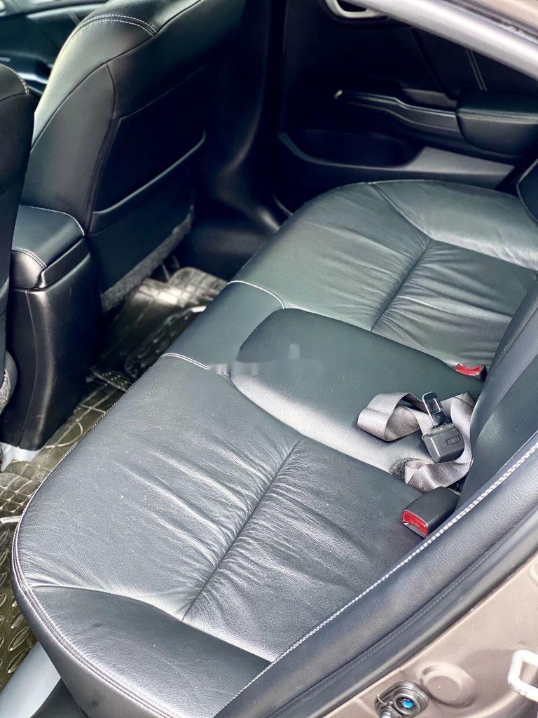 Bán ô tô Honda Civic đời 2015 số tự động (5)