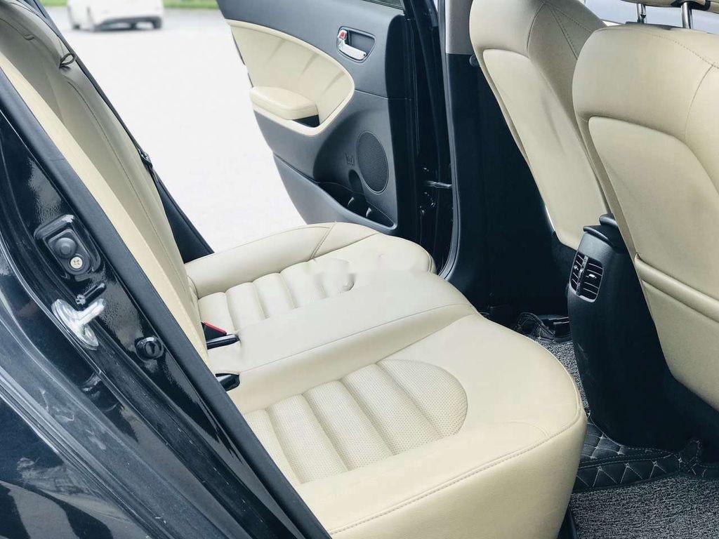 Bán ô tô Kia Cerato năm 2018, màu đen (12)