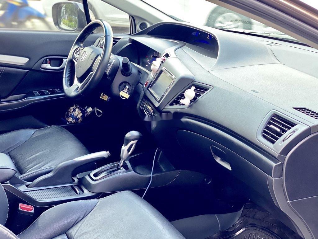 Bán ô tô Honda Civic đời 2015 số tự động (6)