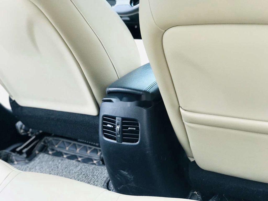 Bán ô tô Kia Cerato năm 2018, màu đen (11)