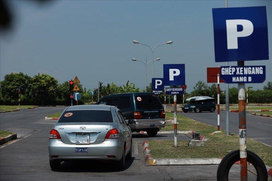 Kỳ thi sát hạch giấy phép lái xe sẽ có 4 phần từ năm 2021.