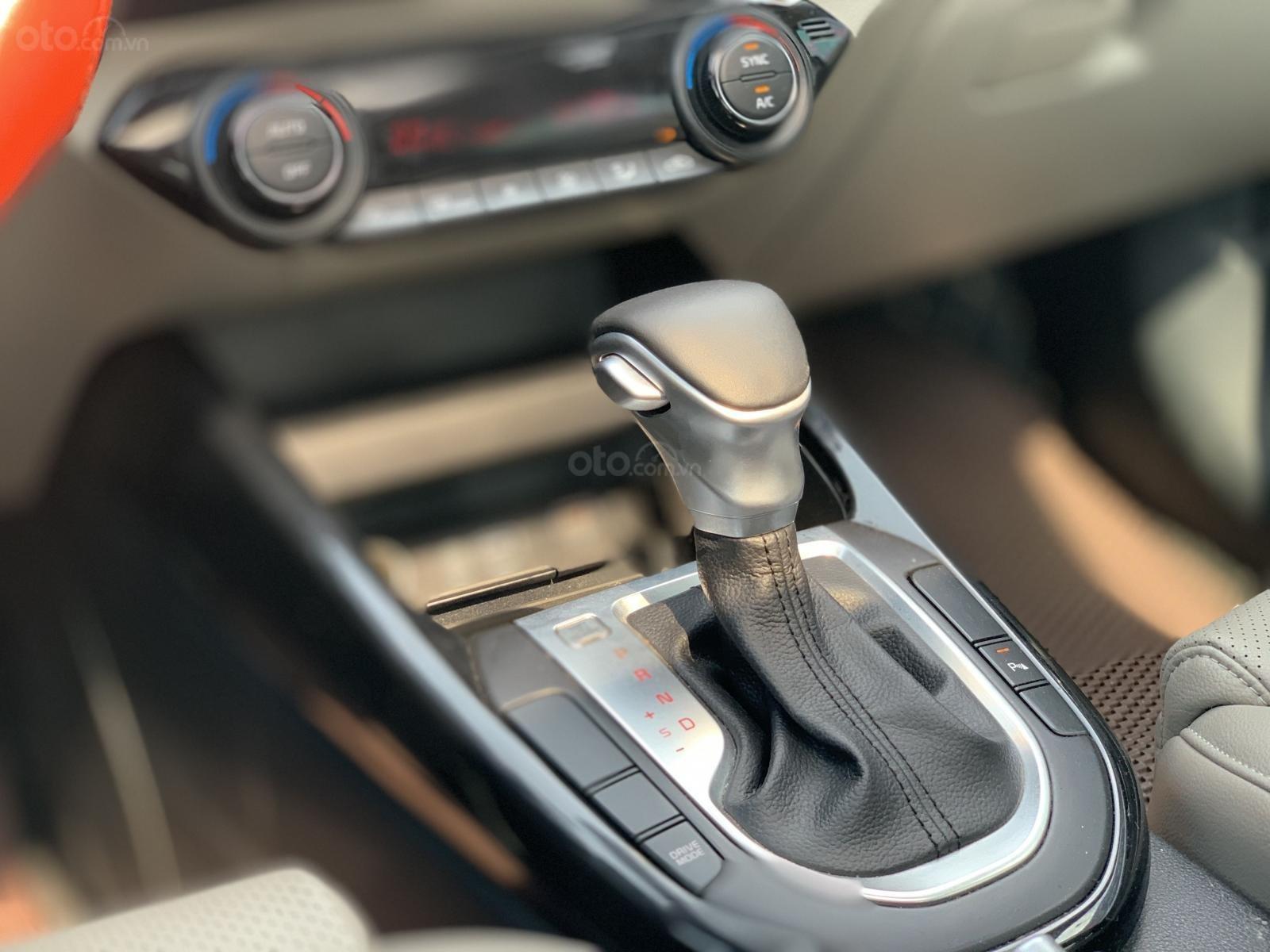 Kia Cerato 1.6AT Luxury 2019 màu xanh đen, biển tỉnh xe đẹp (8)