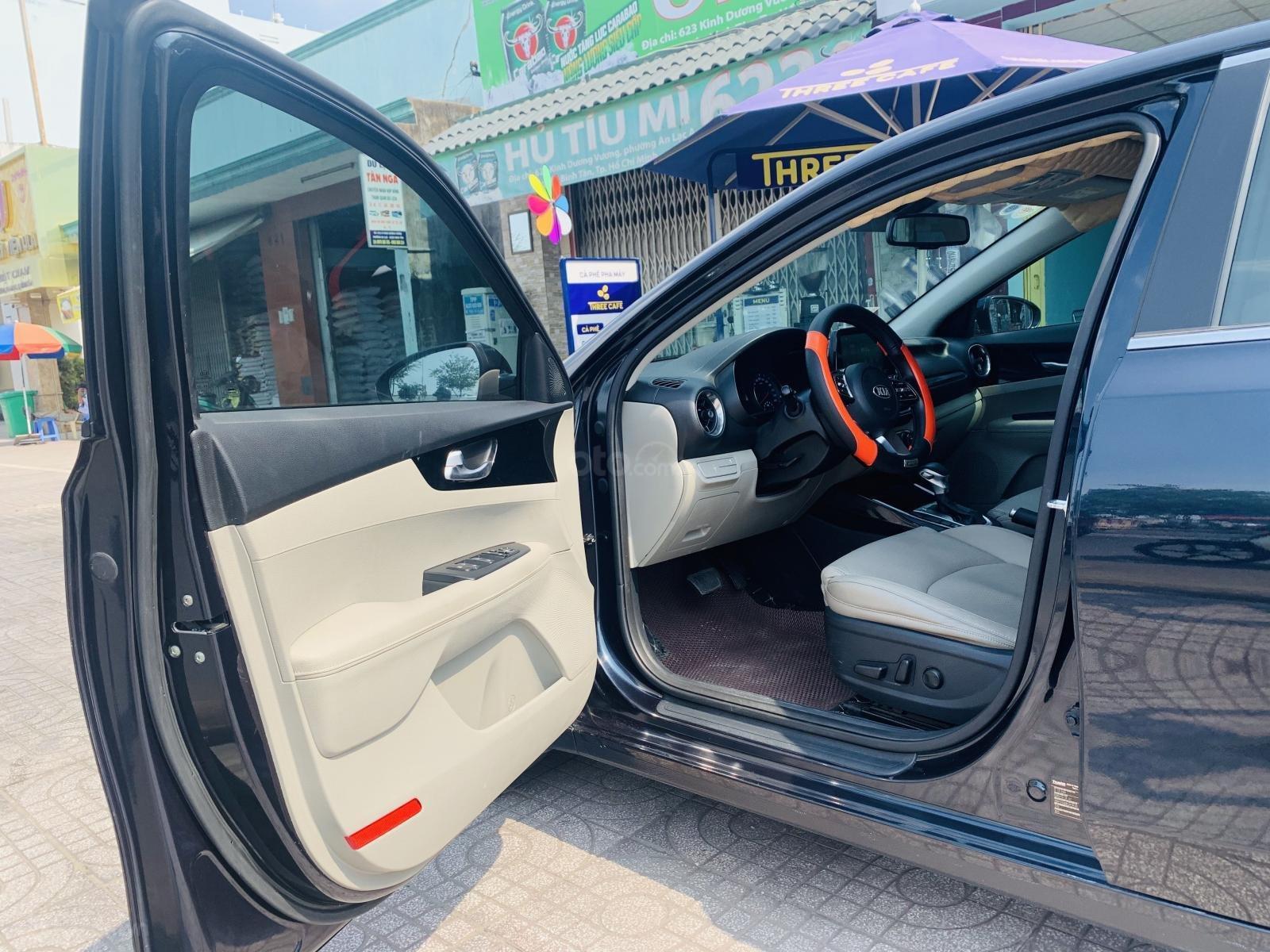 Kia Cerato 1.6AT Luxury 2019 màu xanh đen, biển tỉnh xe đẹp (10)