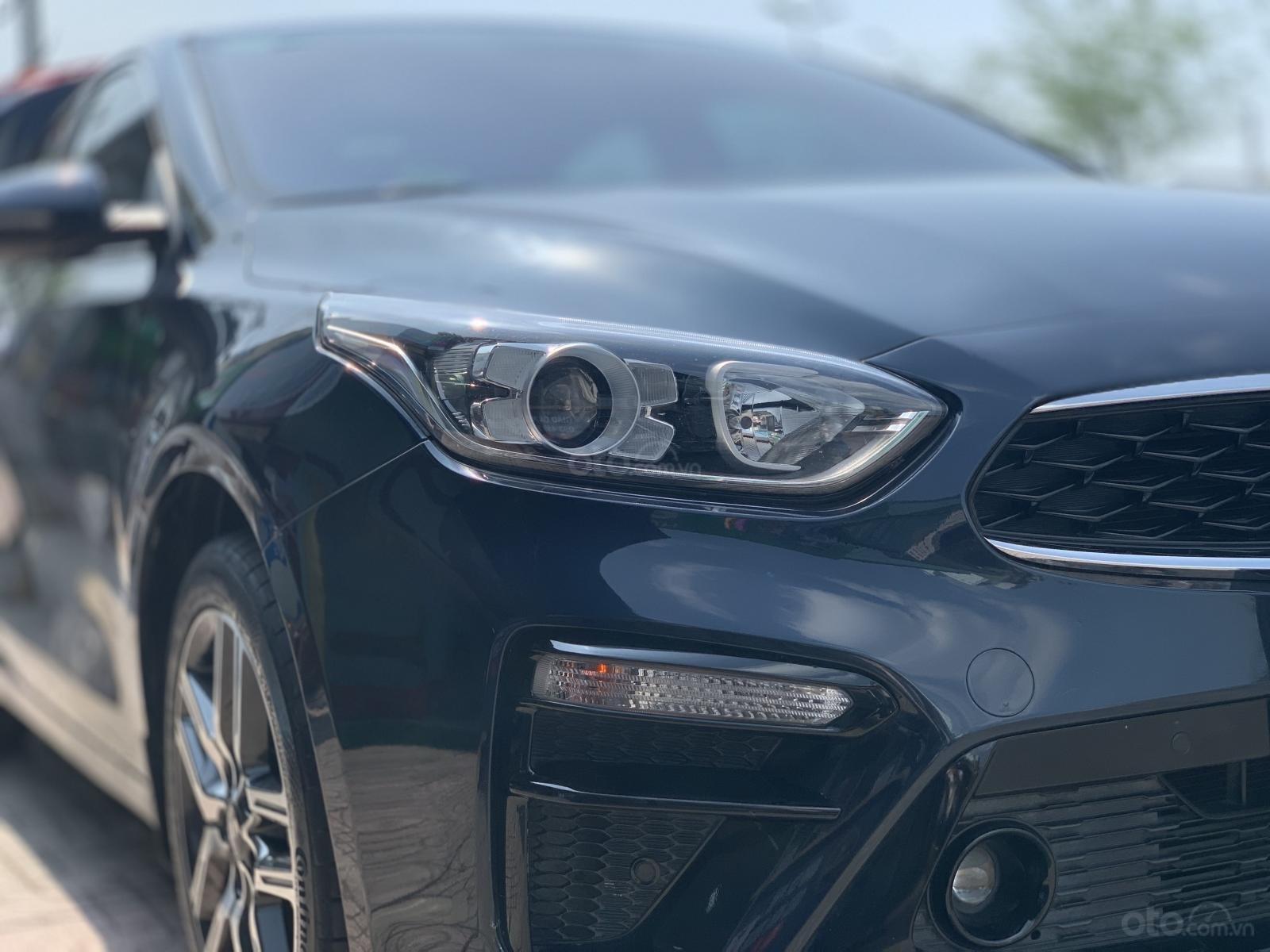 Kia Cerato 1.6AT Luxury 2019 màu xanh đen, biển tỉnh xe đẹp (3)