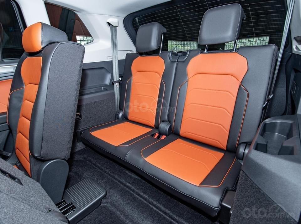 Tiguan Luxury S 2021 mới ra mắt có xe giao ngay - Tặng ngay IP 12 khi lấy xe trong tháng 1/2021 (9)
