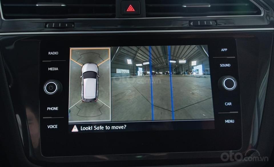 Tiguan Luxury S 2021 mới ra mắt có xe giao ngay - Tặng ngay IP 12 khi lấy xe trong tháng 1/2021 (5)