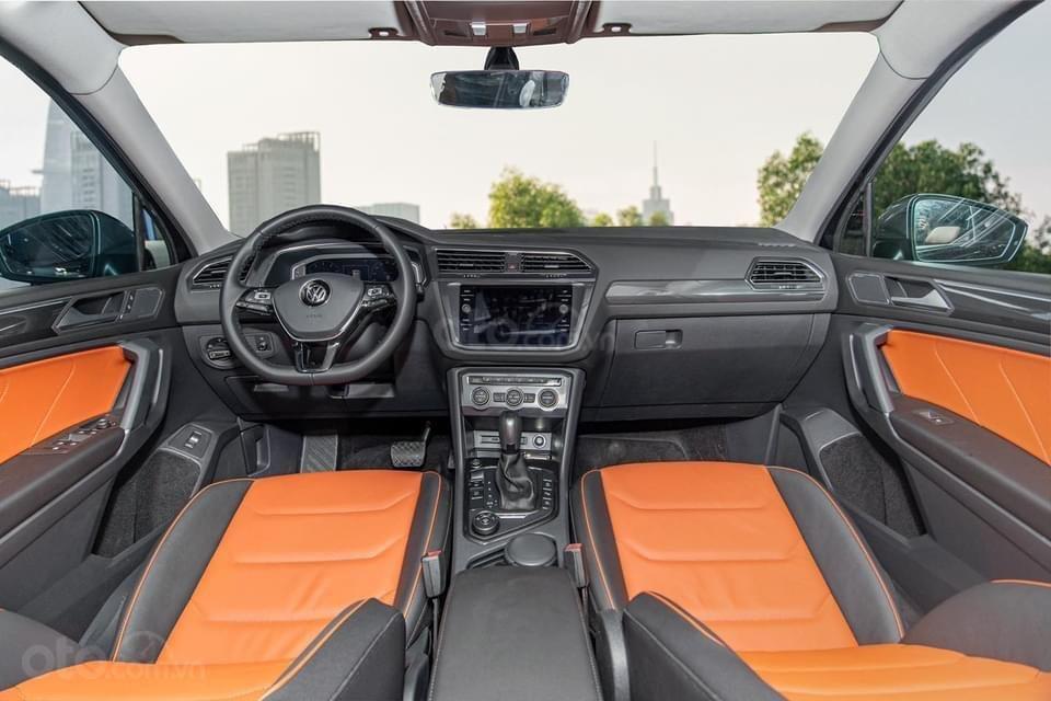 Tiguan Luxury S 2021 mới ra mắt có xe giao ngay - Tặng ngay IP 12 khi lấy xe trong tháng 1/2021 (12)