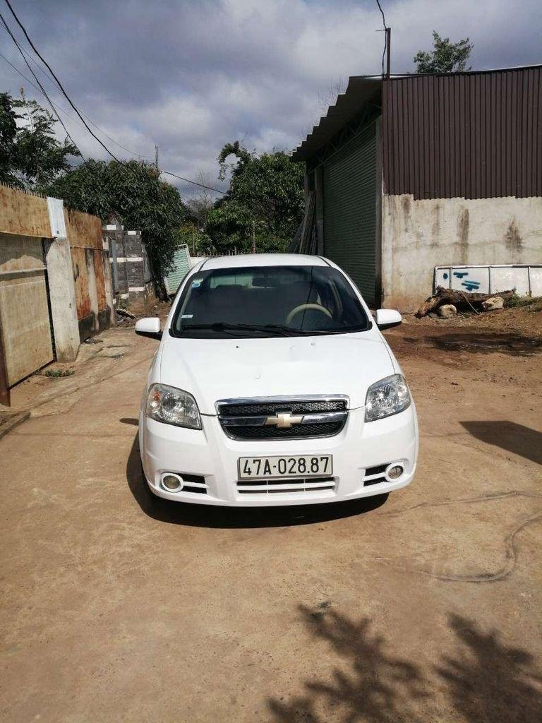 Bán Chevrolet Aveo năm sản xuất 2012 còn mới, giá chỉ 205 triệu (1)