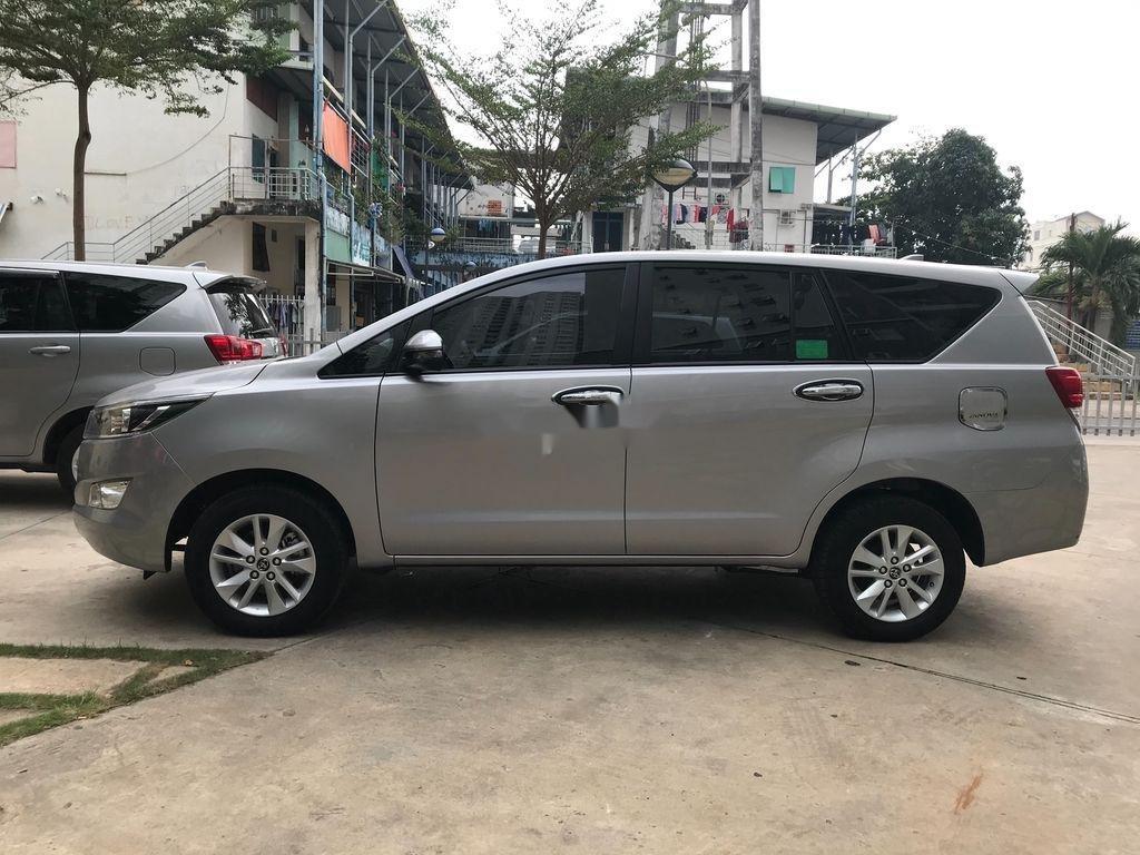 Bán ô tô Toyota Innova năm sản xuất 2018 còn mới (5)