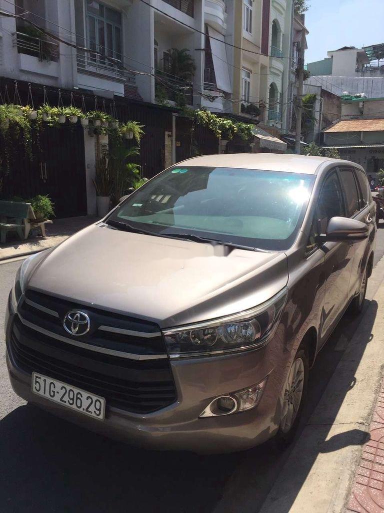 Cần bán gấp Toyota Innova năm 2017, xe nhập còn mới, giá chỉ 575 triệu (1)