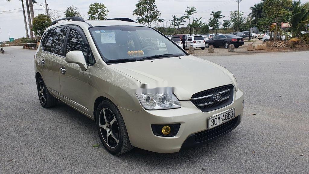 Cần bán xe Kia Carens sản xuất năm 2010 còn mới giá cạnh tranh (3)