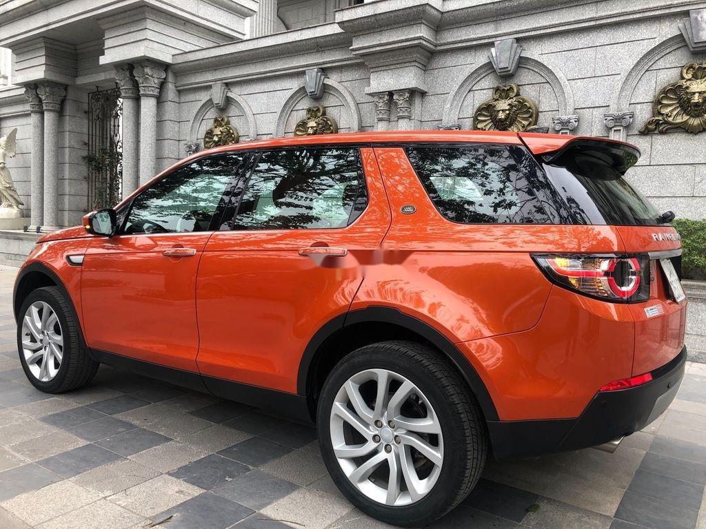 Bán LandRover Discovery sản xuất 2017, xe nhập, màu cam (2)