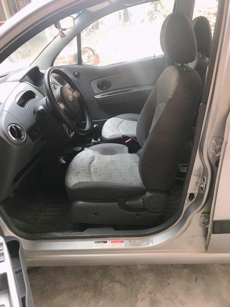 Bán Chevrolet Spark sản xuất 2011 còn mới (2)