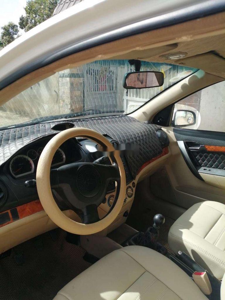 Bán Chevrolet Aveo năm sản xuất 2012 còn mới, giá chỉ 205 triệu (4)