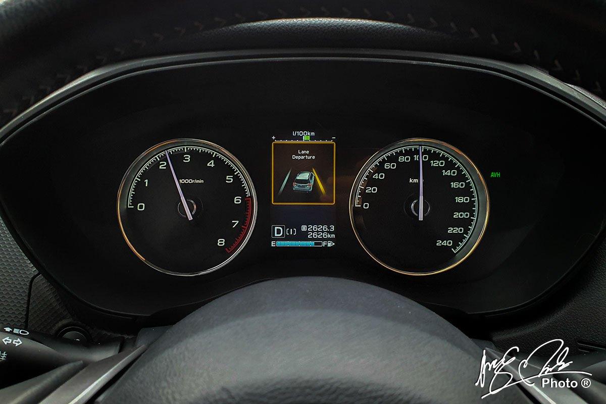 Cảnh báo lệch làn đường trên Subaru Forester 2021.