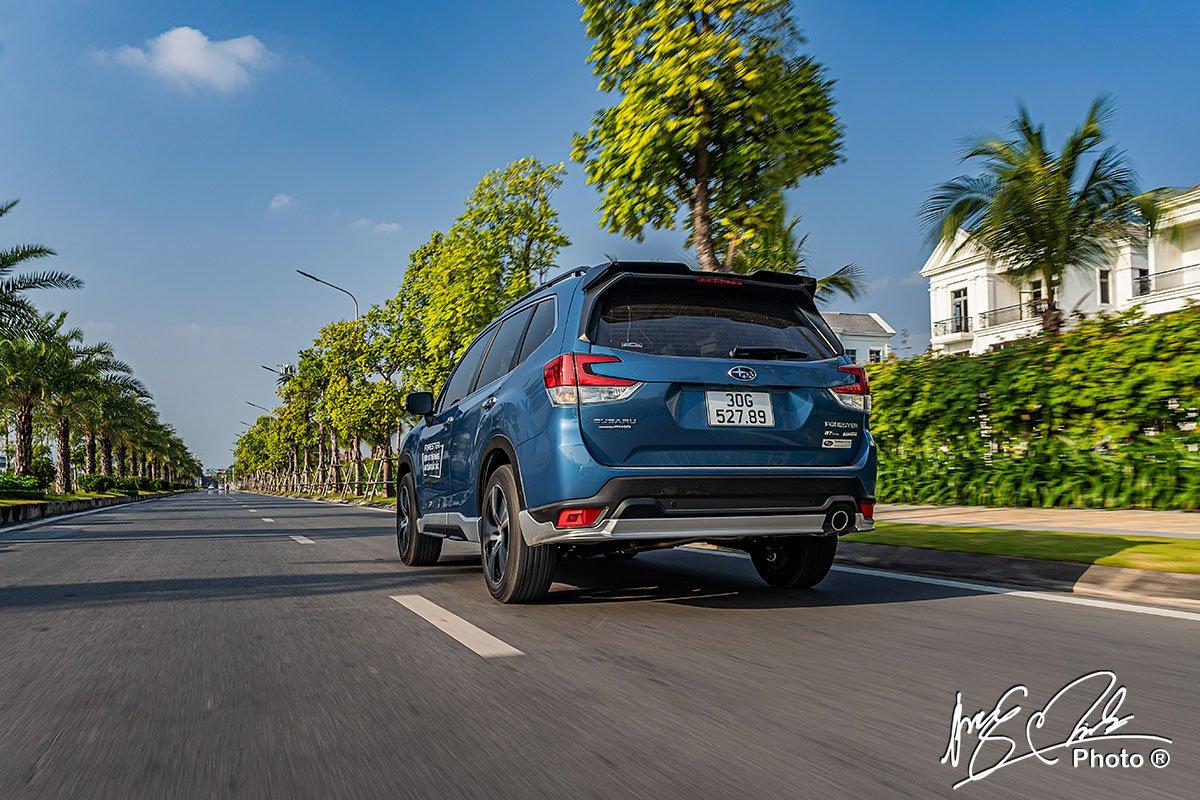 Hệ thống kiểm soát hành trình thích ứng trên Subaru Forester 2021.