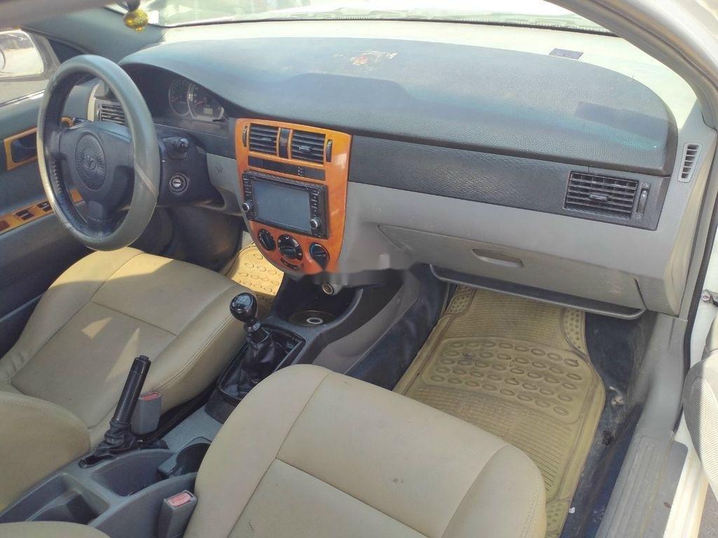 Bán xe Daewoo Lacetti sản xuất 2005 còn mới (4)