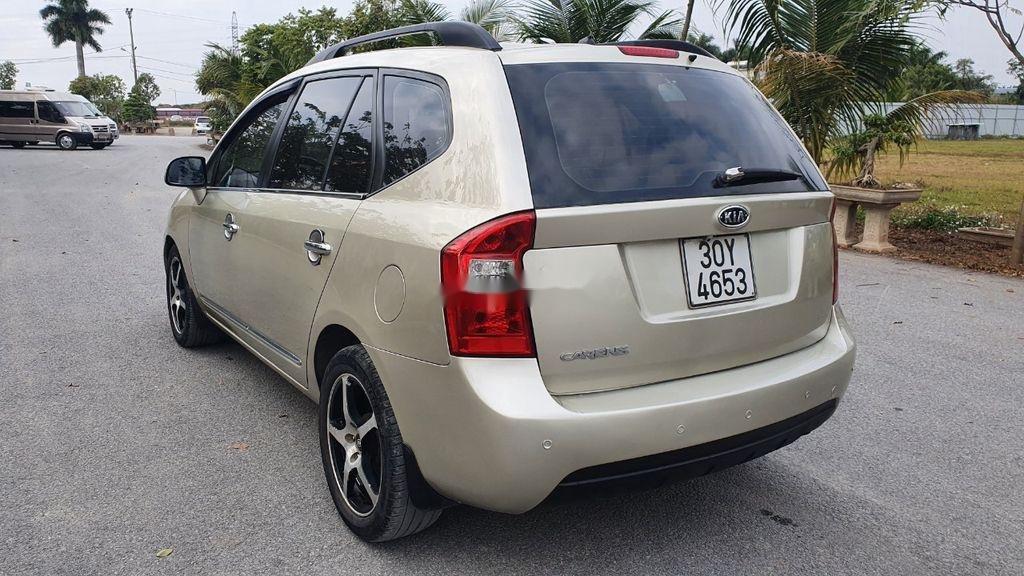 Cần bán xe Kia Carens sản xuất năm 2010 còn mới giá cạnh tranh (4)