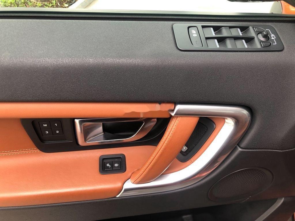 Bán LandRover Discovery sản xuất 2017, xe nhập, màu cam (6)