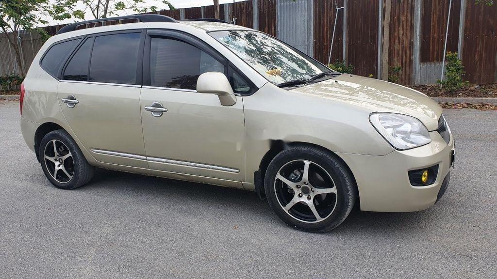Cần bán xe Kia Carens sản xuất năm 2010 còn mới giá cạnh tranh (6)