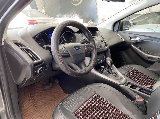 Xe Ford Focus đời 2018, màu xám, giá chỉ 530 triệu (7)