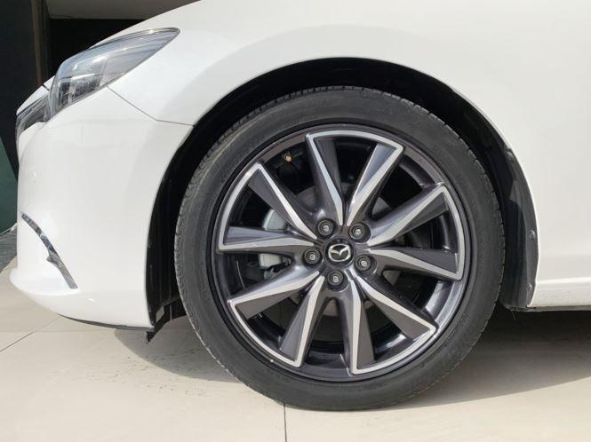 Cần bán gấp Mazda 6 sản xuất năm 2017, màu trắng  (9)