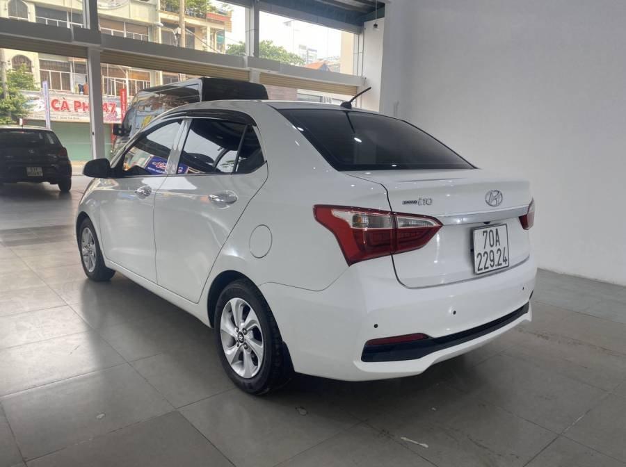 Bán Hyundai Grand i10 sản xuất 2018, màu trắng (7)
