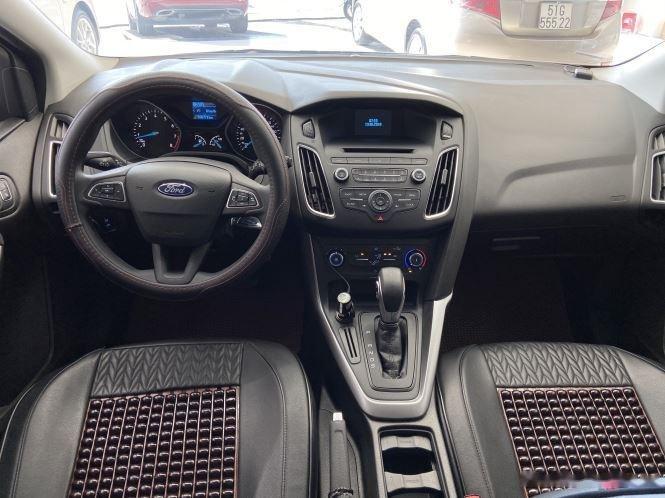 Xe Ford Focus đời 2018, màu xám, giá chỉ 530 triệu (11)
