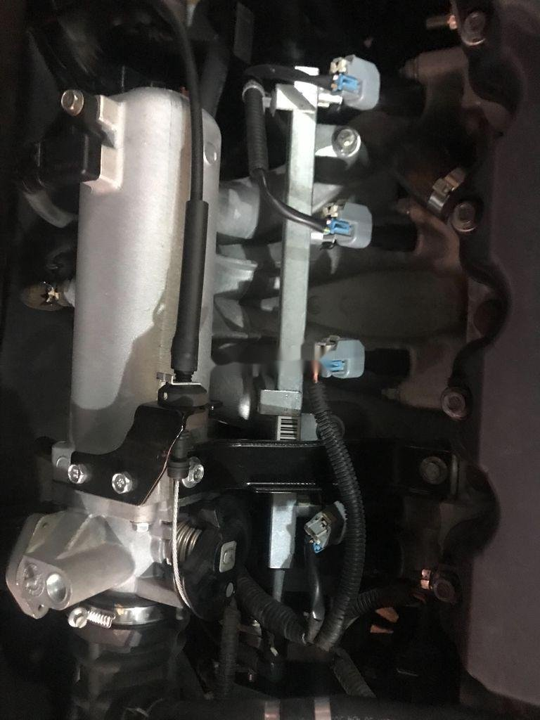 Bán Chevrolet Aveo năm sản xuất 2016, màu đen (6)