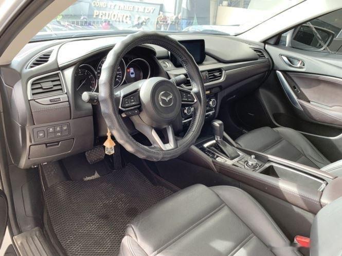 Cần bán gấp Mazda 6 sản xuất năm 2017, màu trắng  (7)