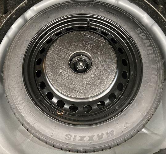Xe Ford Focus đời 2018, màu xám, giá chỉ 530 triệu (12)