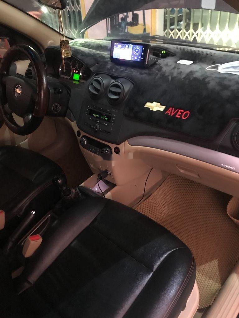 Bán Chevrolet Aveo năm sản xuất 2016, màu đen (7)