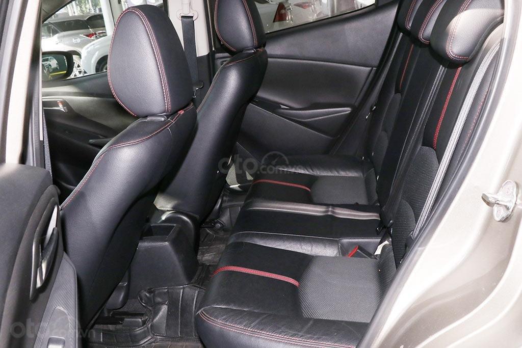 Cần bán xe Mazda 2 1.5AT 2016 Sedan (6)