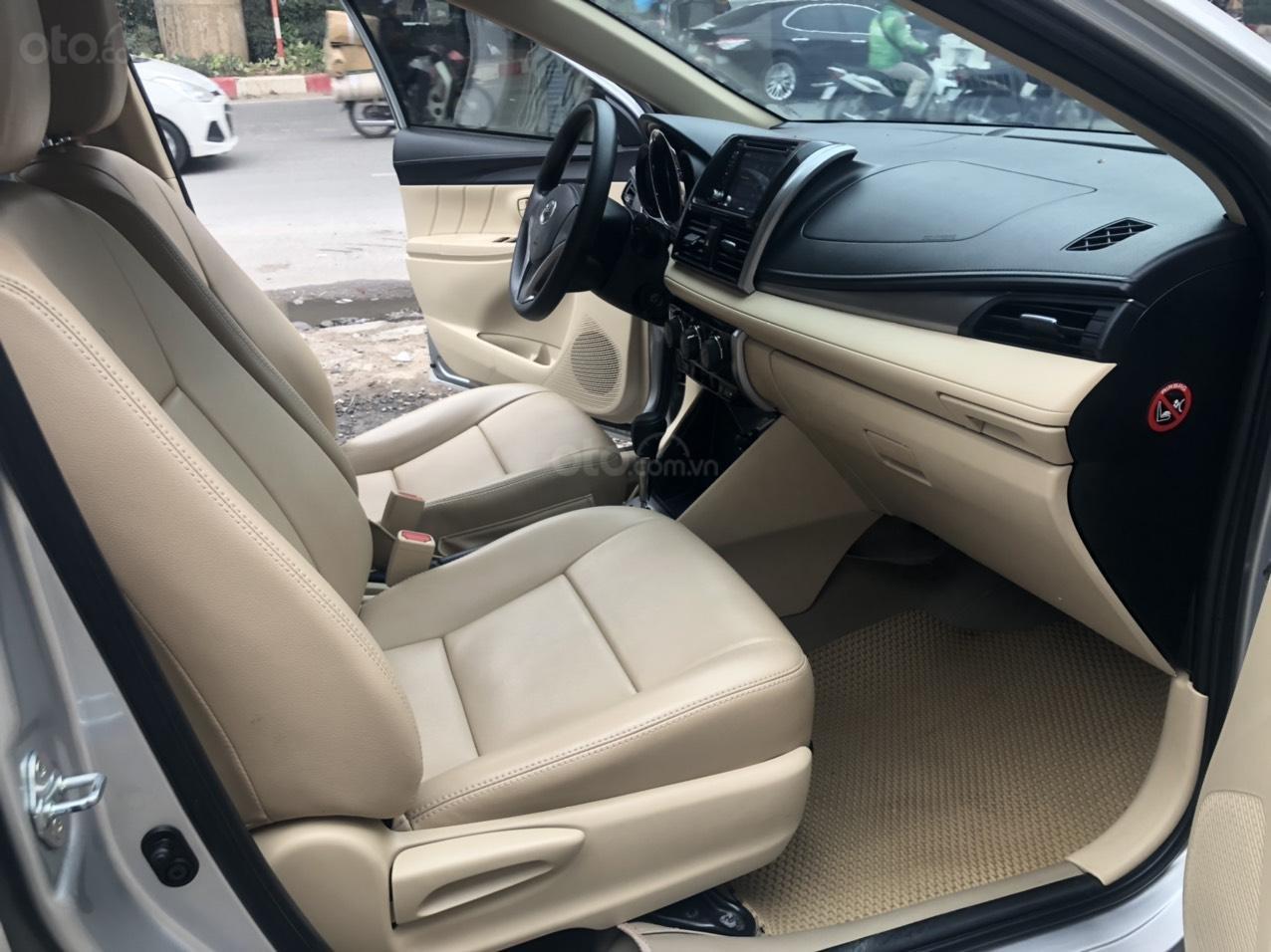 Bán nhanh Toyota Vios E AT đời 2018 màu bạc, xe chất biển TP, xe đẹp, nguyên zin không kinh doanh, chạy hơn 30000km (7)