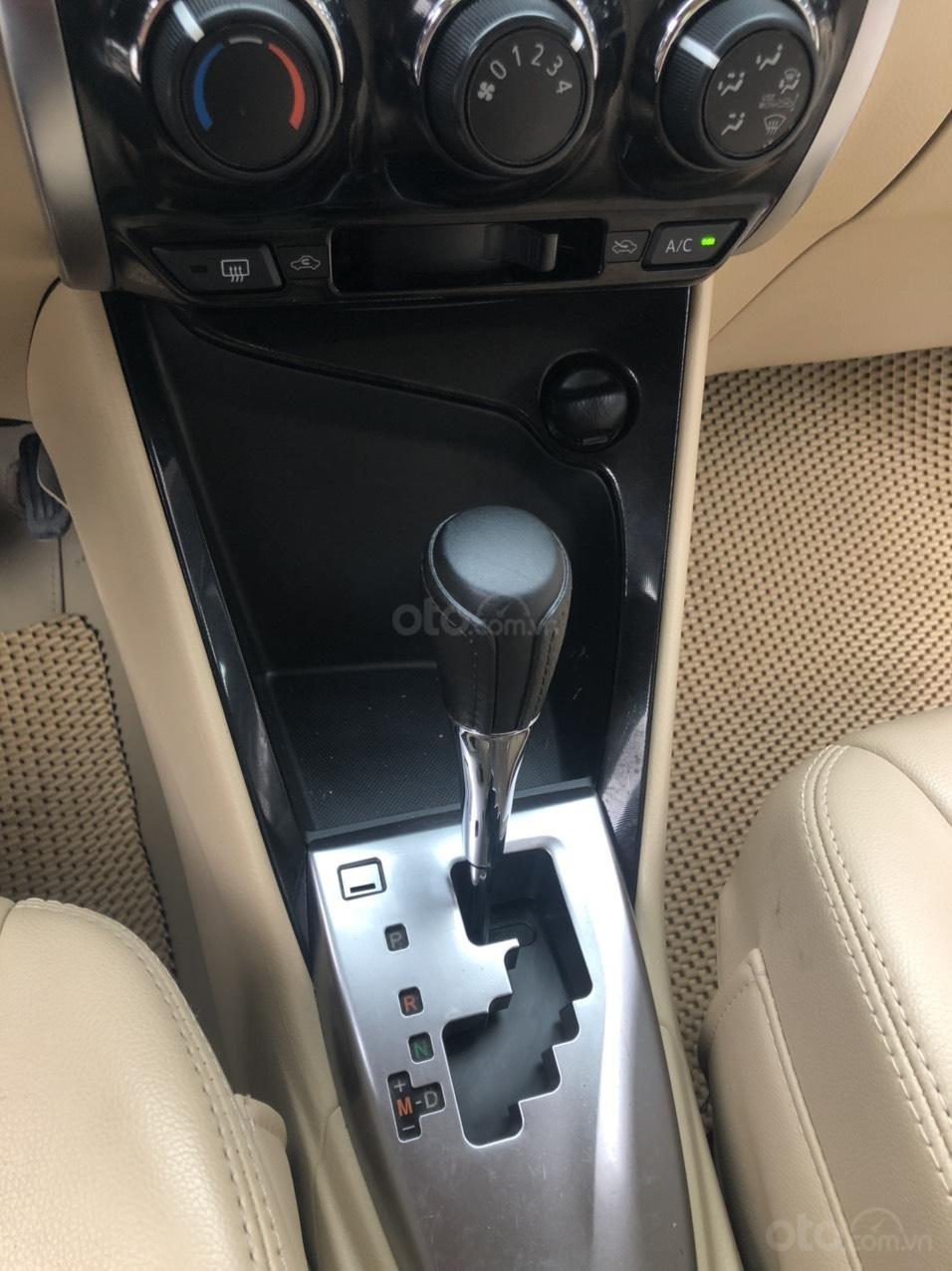 Bán nhanh Toyota Vios E AT đời 2018 màu bạc, xe chất biển TP, xe đẹp, nguyên zin không kinh doanh, chạy hơn 30000km (9)