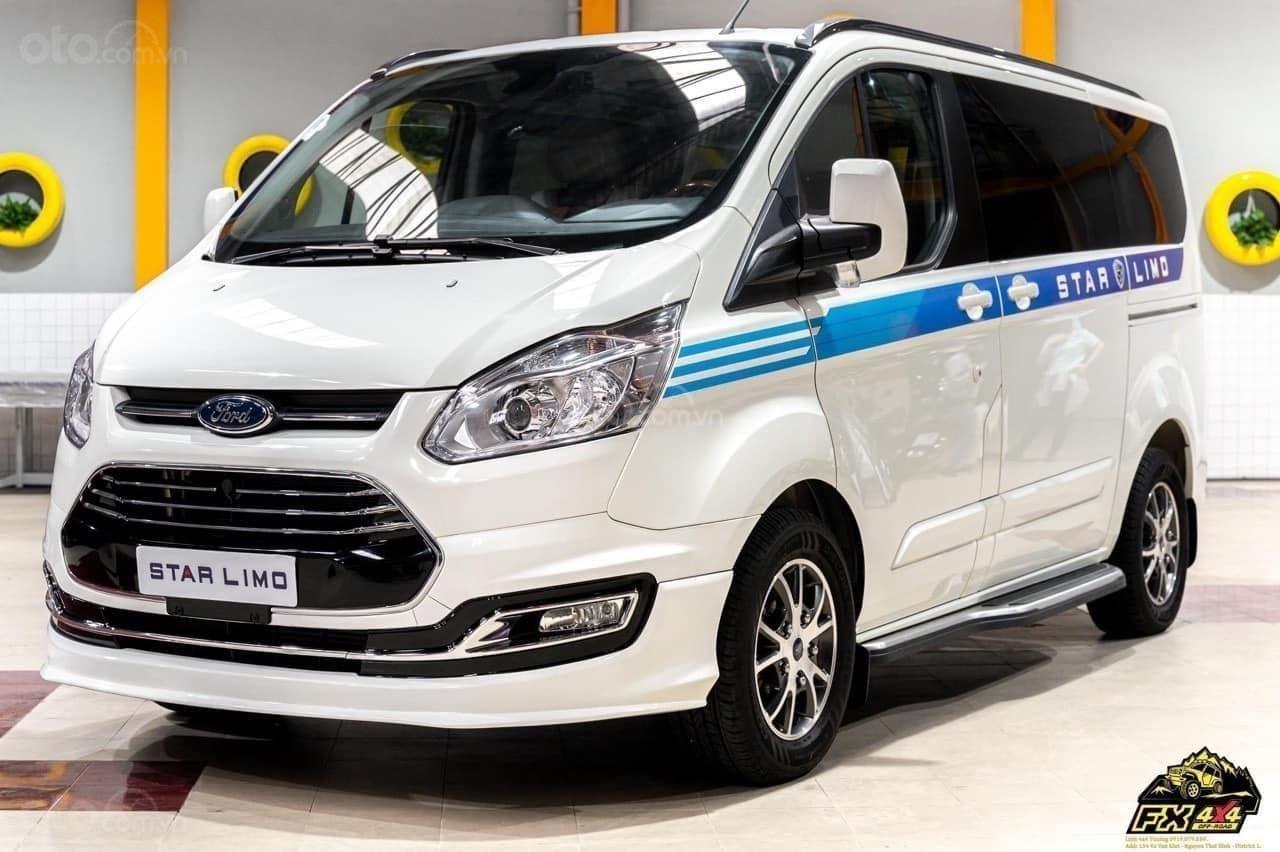Ford Tourneo Limousine phiên bản giới hạn (1)