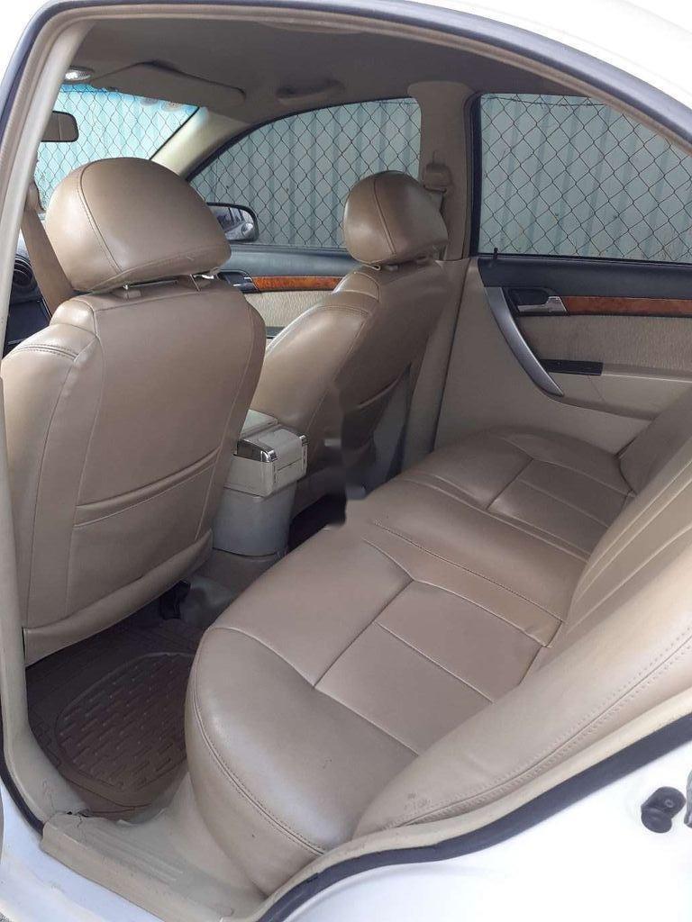 Bán xe Daewoo Gentra đời 2010, màu trắng, giá 165tr (2)