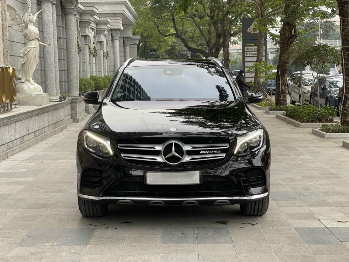 Mercedes GLC300, 2017 biển Hà Nội, máy móc nguyên bản (3)
