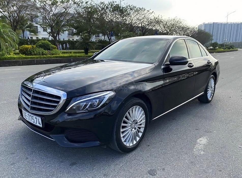 Bán Mercedes C250 Exclusive năm sản xuất 2016, màu đen (1)