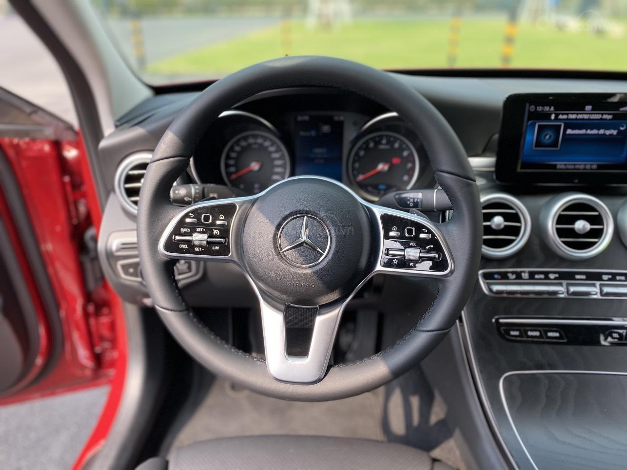 Xe Mercedes C200 sản xuất năm 2020, giá ưu đãi (12)