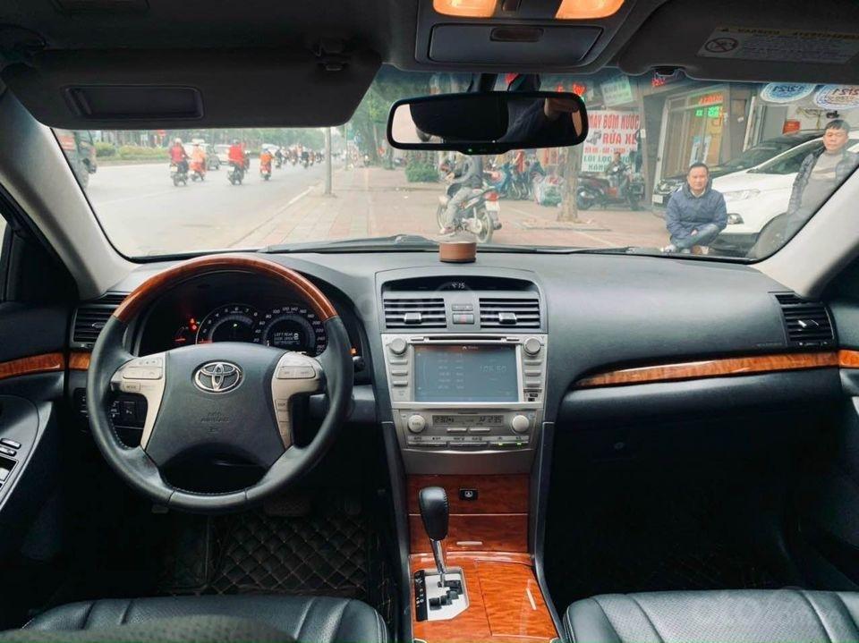 Bán Toyota Camry năm sản xuất 2011, màu đen, nhập khẩu (3)