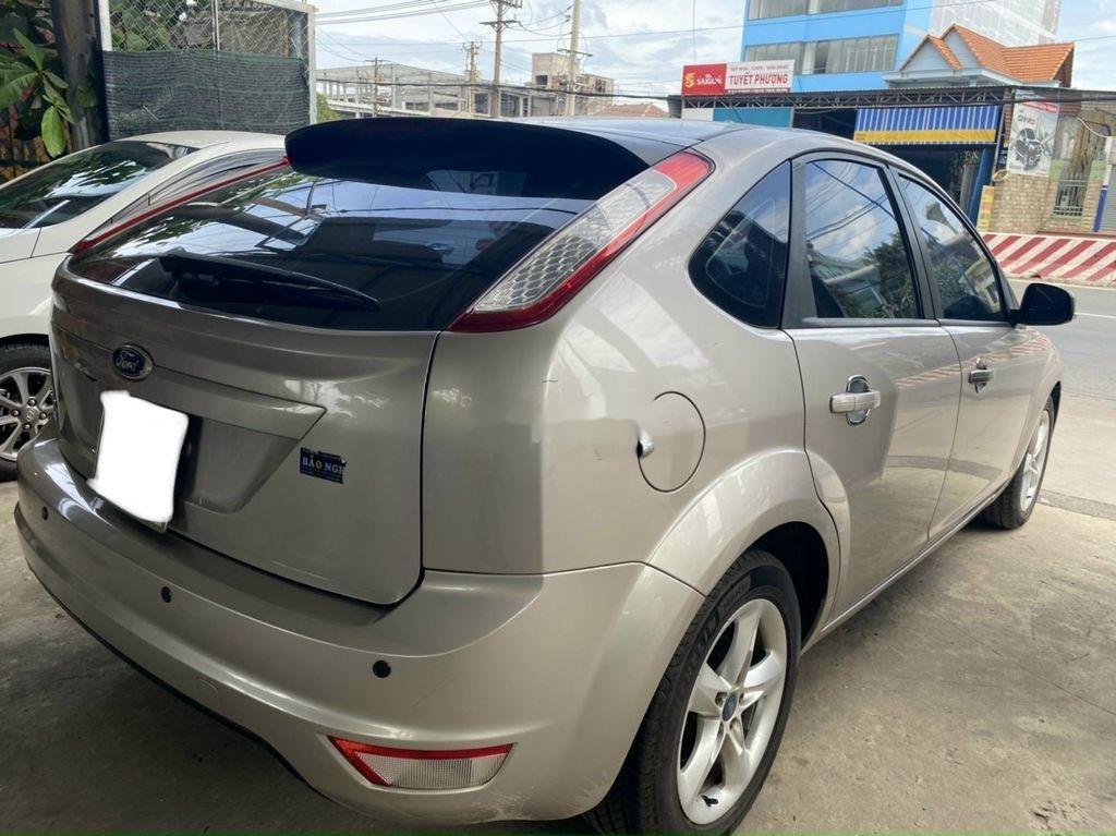 Cần bán xe Ford Focus 1.8L AT sản xuất năm 2011 (3)