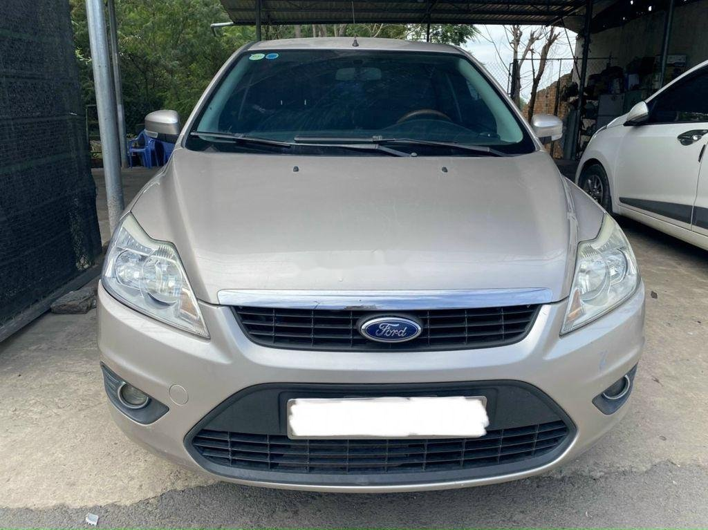 Cần bán xe Ford Focus 1.8L AT sản xuất năm 2011 (2)