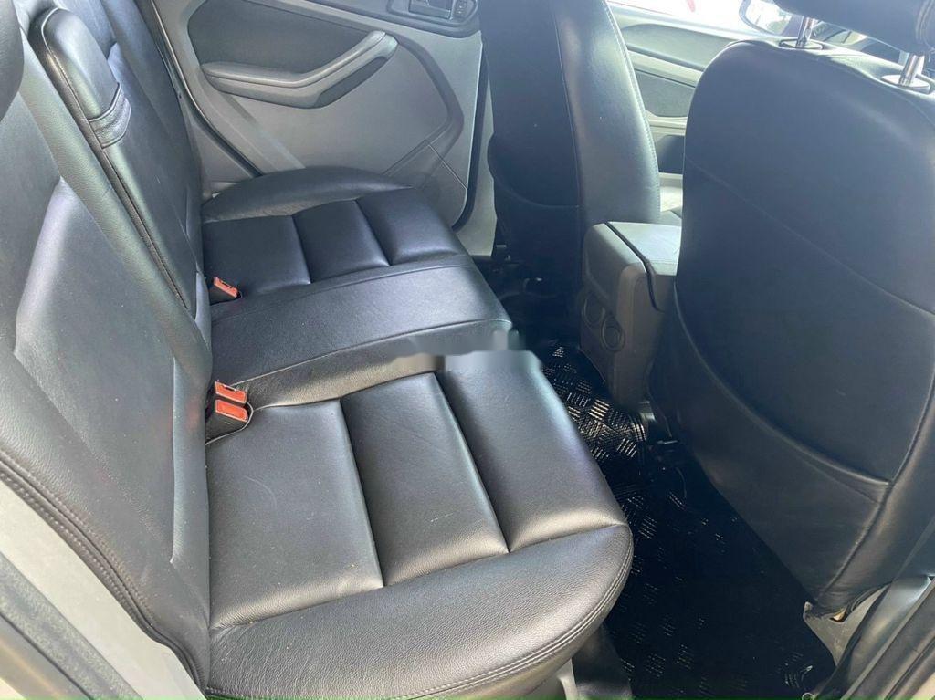 Cần bán xe Ford Focus 1.8L AT sản xuất năm 2011 (8)