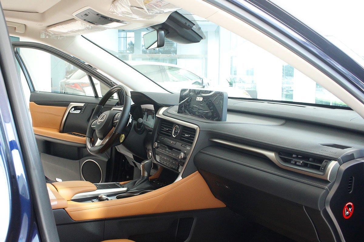 Nộithất xe Lexus RX 350 2021.