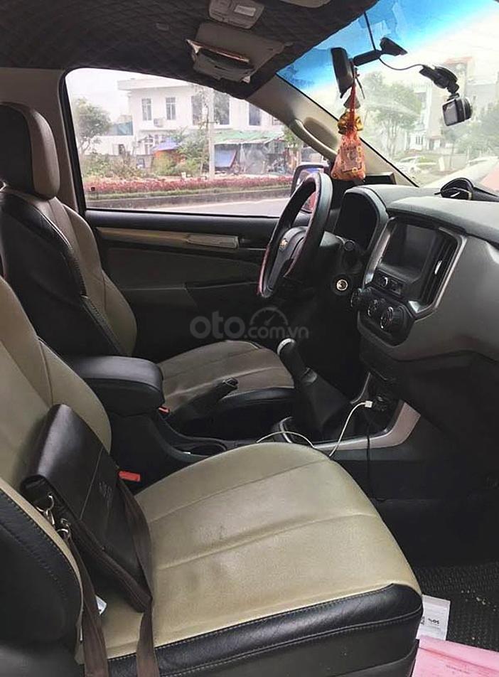 Cần bán Chevrolet Colorado năm 2017, màu đỏ, nhập khẩu nguyên chiếc giá cạnh tranh (3)