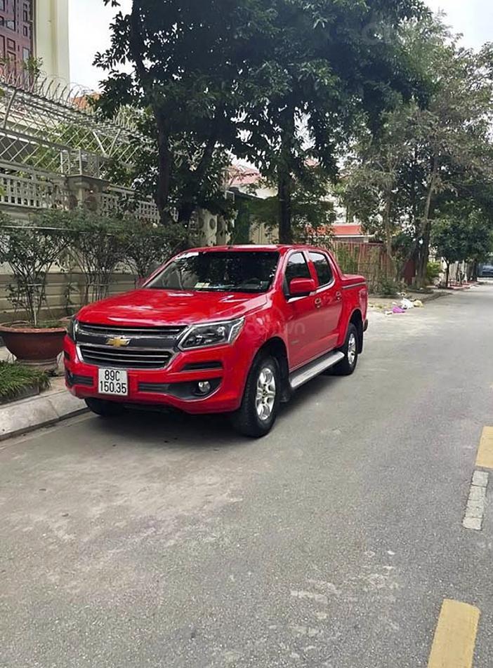 Cần bán Chevrolet Colorado năm 2017, màu đỏ, nhập khẩu nguyên chiếc giá cạnh tranh (2)